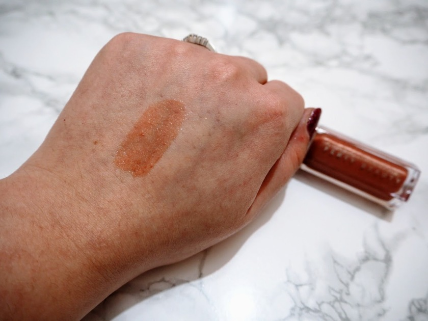 Fenty Beauty Gloss Bomb swatch