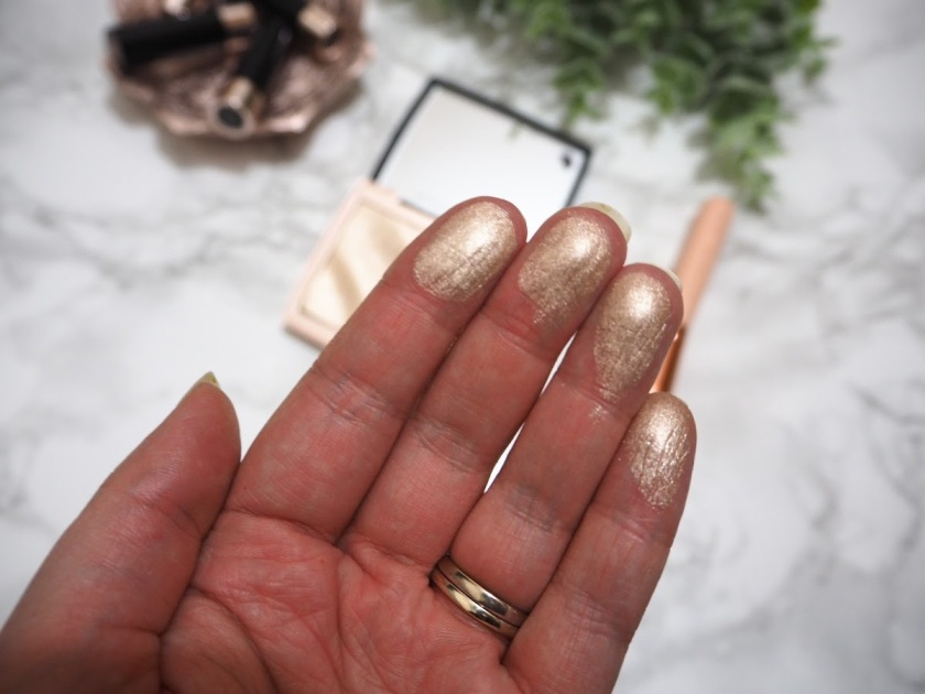 Anastasia Beverly Hills x Amrezy Highlighter | REVIEW